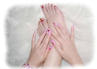 防治冬季手脚干裂的 护肤法